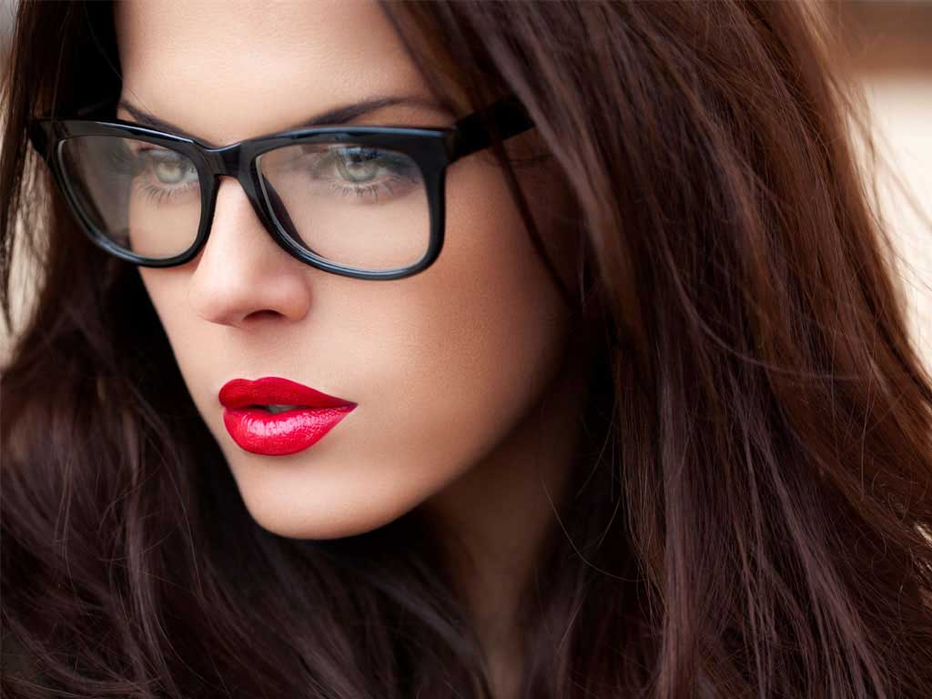 Beuaty products for girls with glasses
