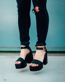 shoes-fashions-for-womens-featured