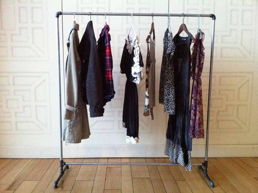 clothing-rack-with-clothes-interior-designersclothing-rack-with-clothes-interior-designers