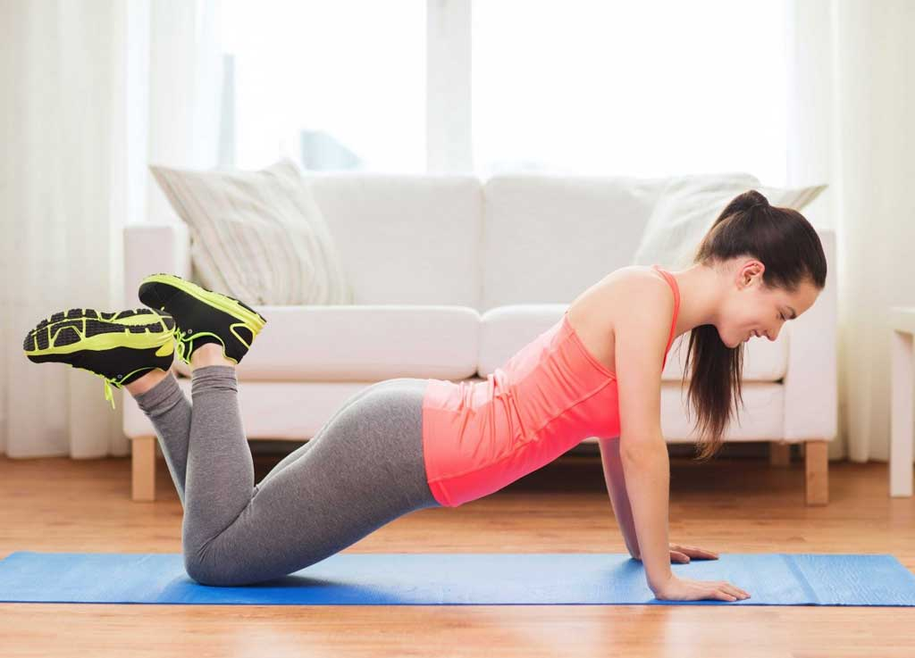 Crunches pushups workout at free time