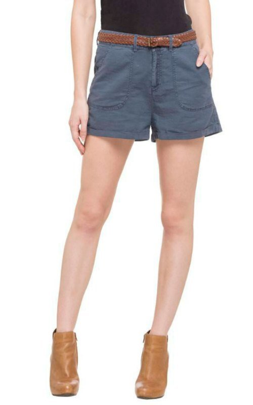 3 Pockets Solid Shorts