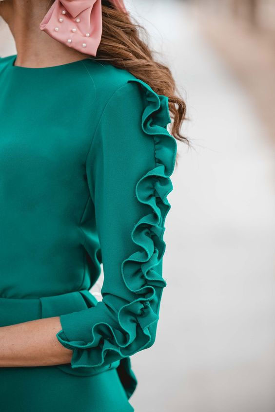 Kurti Sleeves with Waves Design