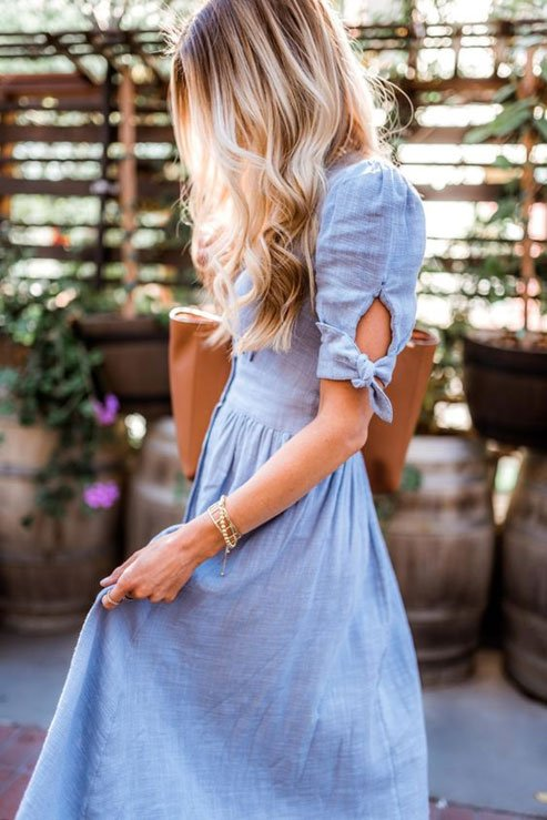 Puff Sleeves with a Knot