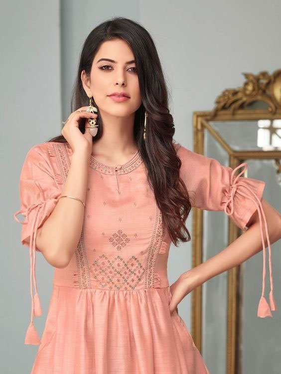 Kurti with 3/4th Sleeves Design