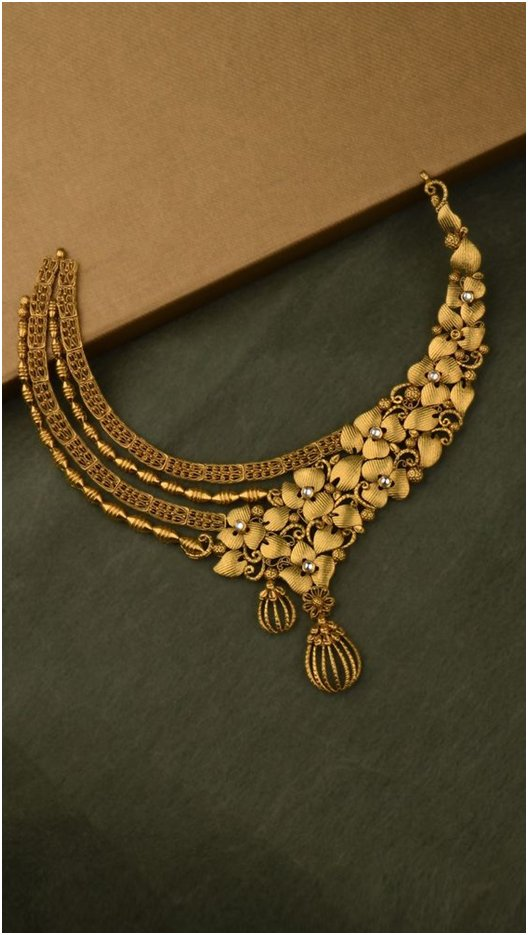 Floral Gold Necklace