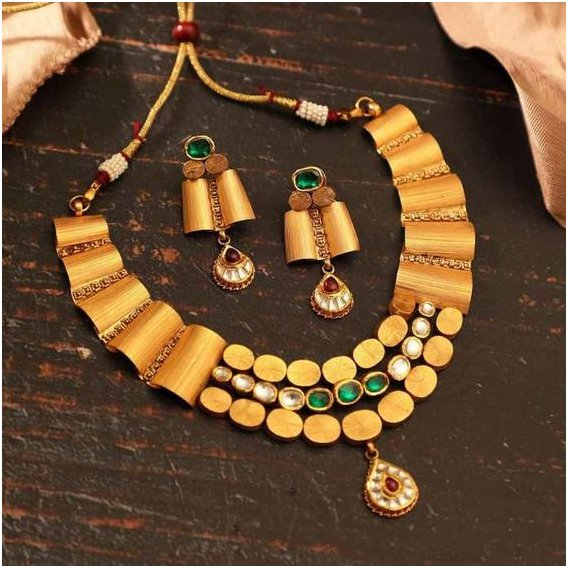 Three Layer Gold Necklace Set